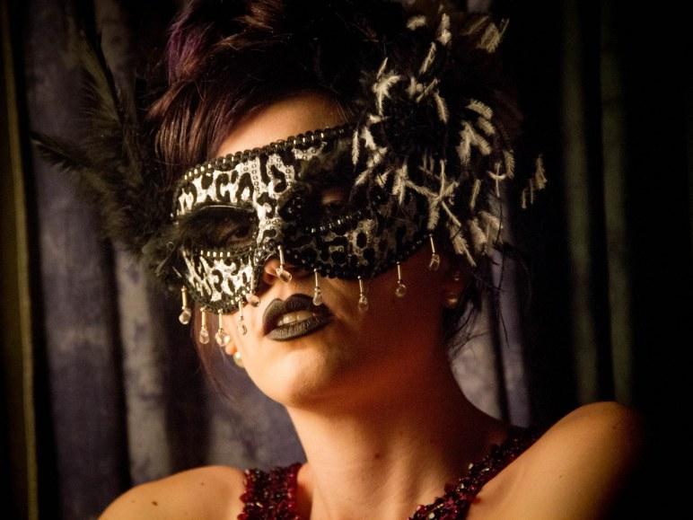 Model: Erin Lebo